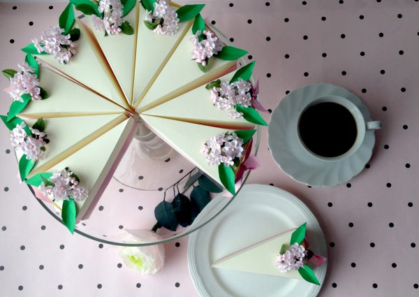 paper cake favor boxes