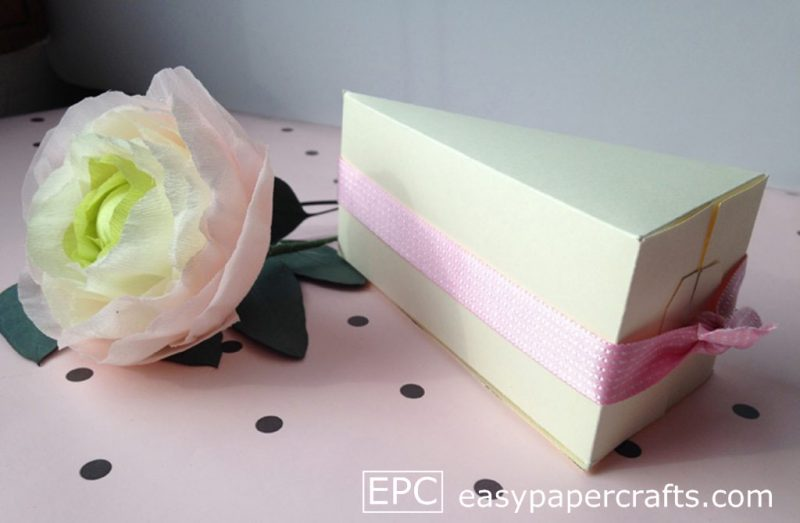 paper cake slice with ribbon