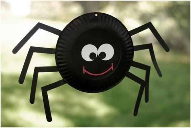 Halloween crafts paper plate spider