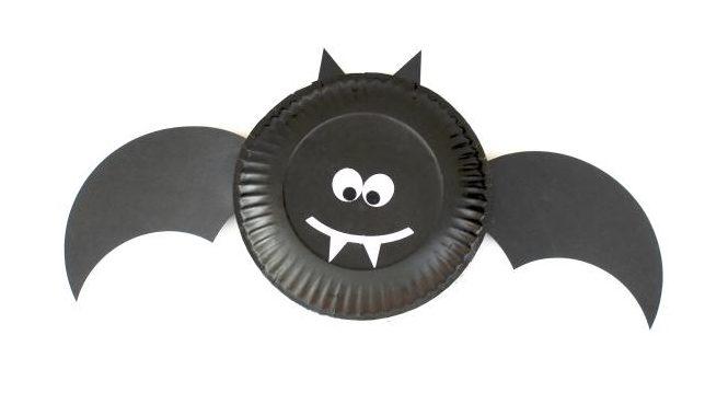 Halloween crafts paper vampire bat