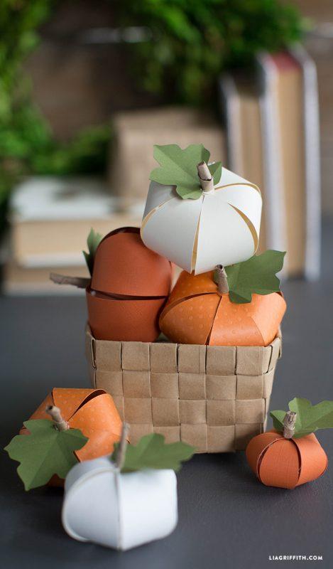 fall paper pumpkins